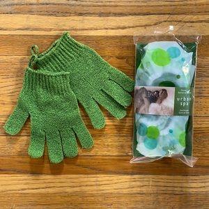 Exfoliating gloves & Shower Cap 🧼